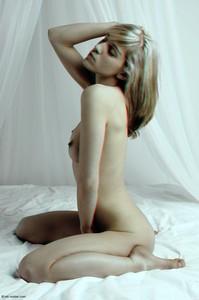 Lana.Timeless.3D-s7be6t8b0q.jpg